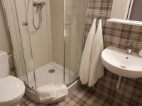 "Pokój ""za kratami"" - łazienka"